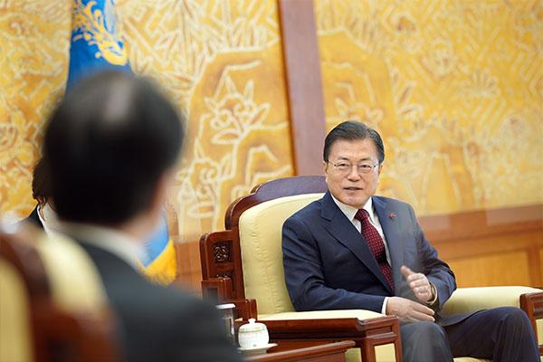 Президент РК призвал Японию строить отношения, ориентированные на будущее