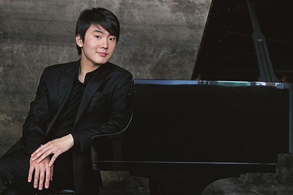 Cho Seong-jin to Premiere Unheard Mozart Piece in Austria