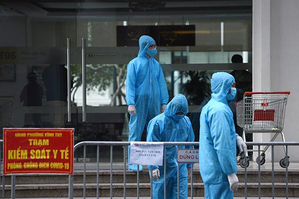 Làn sóng COVID-19 lần ba tại Việt Nam lắng xuống