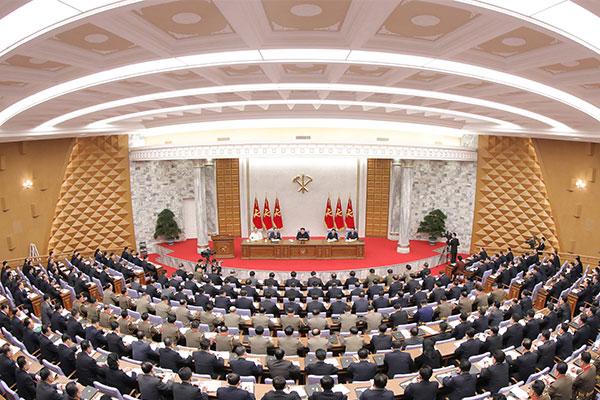 Kim Jong-un présente des projets intercoréens et internationaux