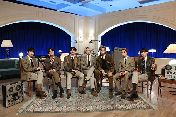 BTSの日本語新曲「Film out」、97か国のiTunesチャートで首位