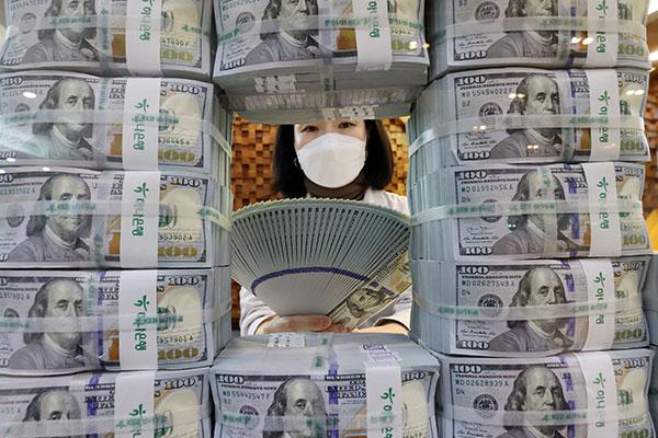 انتعاش احتياطي النقد الأجنبي لكوريا الجنوبية في فبراير