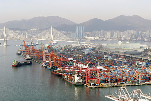 S. Korea's Exports Rise for 5th Straight Month in March