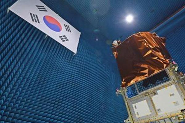 """韩""""下一代中型卫星1号""""在哈萨克斯坦发射升空"""