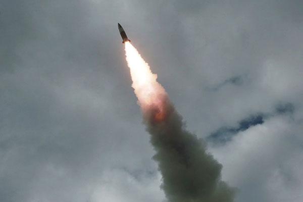 Cheongwadae Sesalkan Peluncuran Rudal Jarak Pendek Korut ke Laut Timur