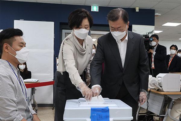 Началось досрочное голосование на выборах, которые пройдут 7 апреля