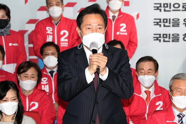 野党候補の圧勝、若年層の政権審判が決め手に ソウル市長補欠選挙