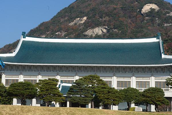 РК продолжит усилия по улучшению отношений с Японией