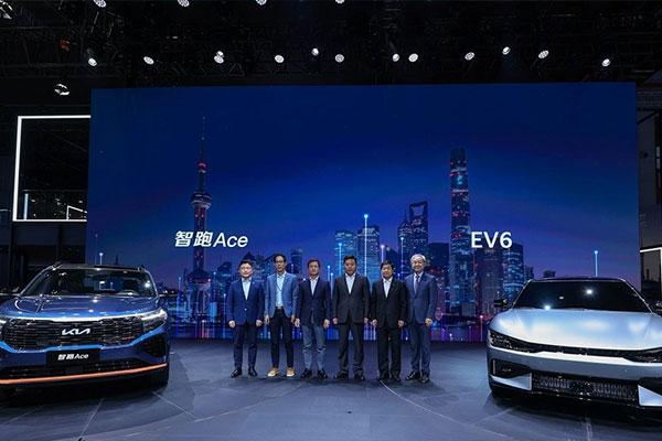 Salon auto de Shanghai : les voitures électriques au cœur de l'attention
