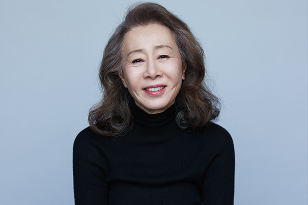"""尹汝贞在奥斯卡""""最佳女配角奖""""预测投票中居首"""