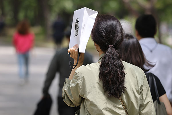 韩13日迎初夏天气 15日将有降雨