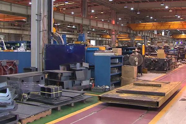 Hausse de la production industrielle et de la consommation en juin
