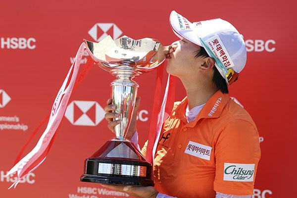 キム・ヒョジュ LPGAで5年ぶりに優勝