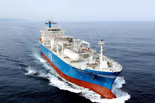فوز شركات كورية بـ74% من الطلبيات العالمية لناقلات الغاز المسال