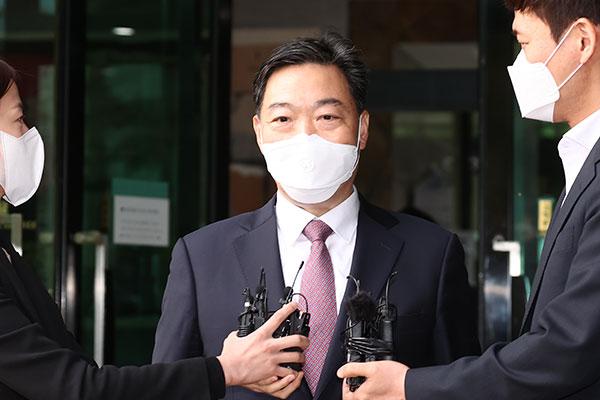 الرئيس الكوري يعين نائب وزير العدل السابق في منصب المدعي العام الجديد