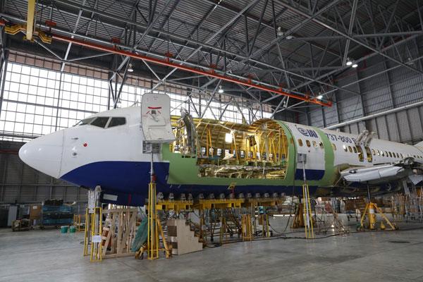مؤسسة مطار إنتشون تفوز بأول عقد خاص لتعديل طائرات الشحن