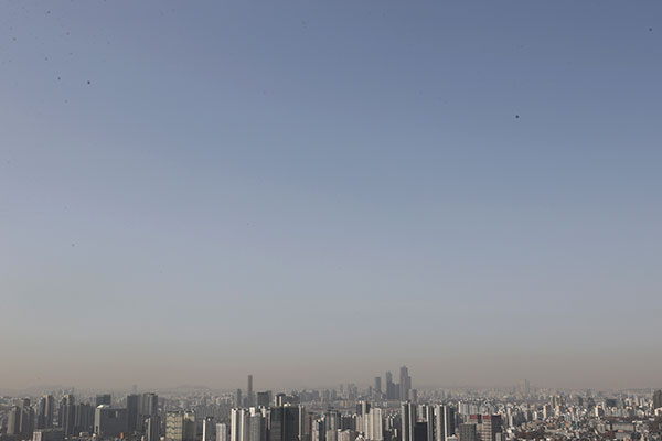 Seoul City Replaces Ultrafine Dust Warning with Advisory