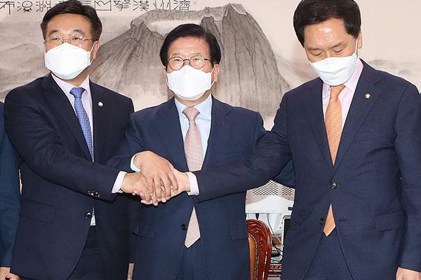 朝野就国务总理提名人国会审批问题出现意见分歧