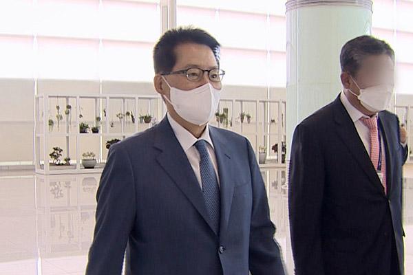 رئيس المخابرات الكوري يلتقي برئيس الوزراء الياباني