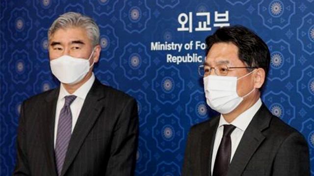Представители РК и США обсудили денуклеаризацию Корейского полуострова