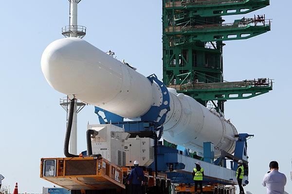 Corea presenta lanzadera espacial desarrollada con tecnología nacional