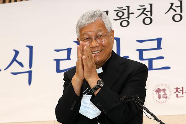 ローマ教皇庁 韓国人司教が聖職者省の新長官に