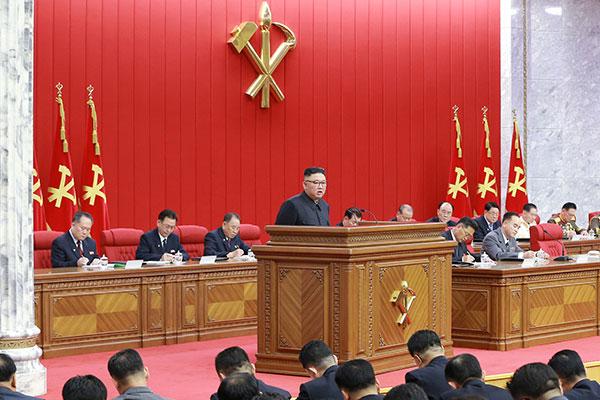 Nordkoreas Machthaber fordert Vorbereitungen sowohl auf Dialog als auch Konfrontation mit USA