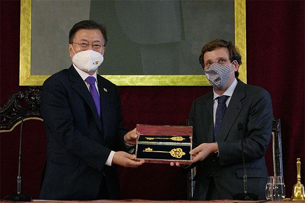 文在寅:将与西班牙加强合作