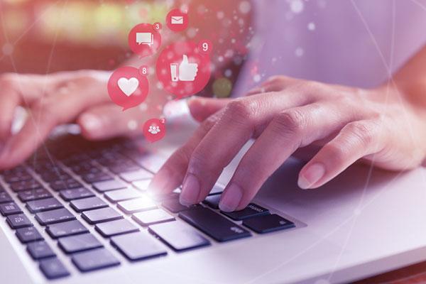 نسبة استخدام مواقع التواصل الاجتماعي تبلغ 89 % في كوريا