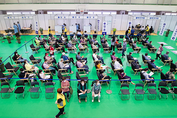 韩政府公布第三季度新冠疫苗接种计划 18-49岁人群8月起接种