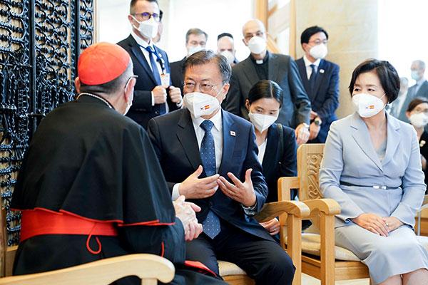 文在寅18日返韩 归国前与宗教人士商讨教皇访北问题