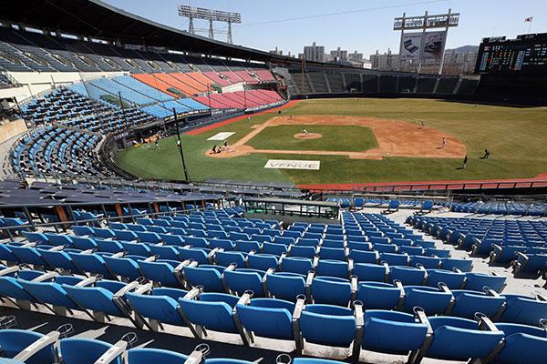 韓国プロサッカー コロナで中止のKリーグ戦を8月~9月に開催