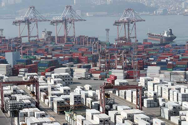 Ausfuhren vom 1. bis 20. Juli um 32,8 Prozent gestiegen