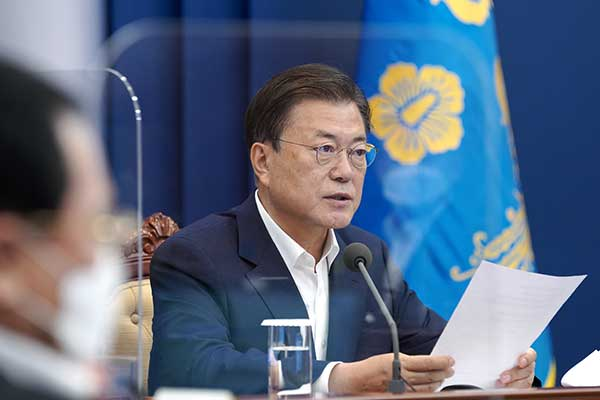 Президент РК извинился за ужесточение мер социального дистанцирования