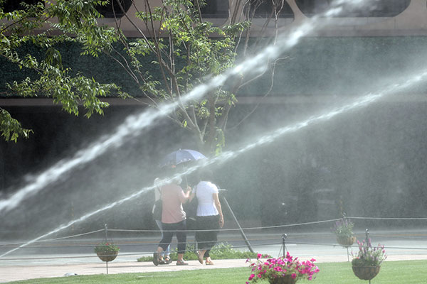 Heat Wave to Remain in Place Nationwide on Tuesday