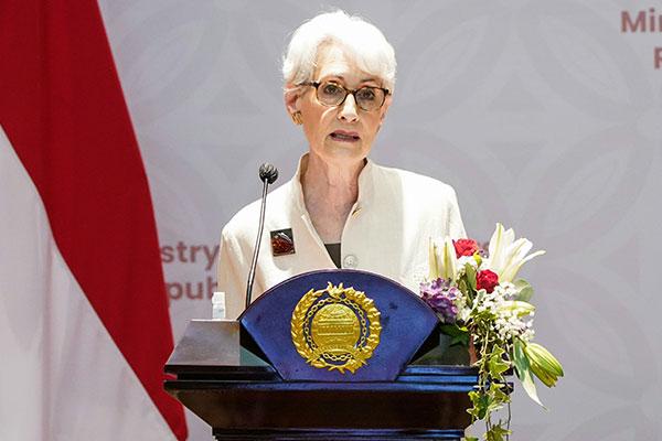 美国务院:韩美日保持牢固关系至关重要