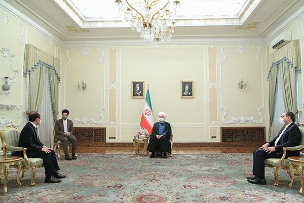 Presiden Iran Desak Pencairan Dana Iran yang Dibekukan di Bank Korsel