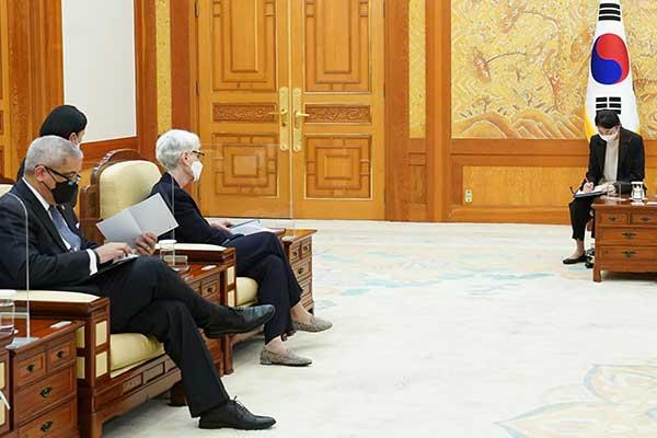 Ngoại trưởng Hàn Quốc tiếp Thứ trưởng Ngoại giao Mỹ tại Seoul