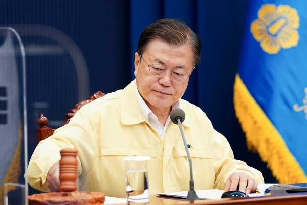 Президент РК объявил ряд районов на юге страны зонами бедствия