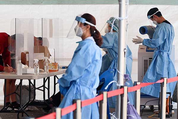 韩新增新冠病例再创新高 首都圈或延长第4阶段防疫措施