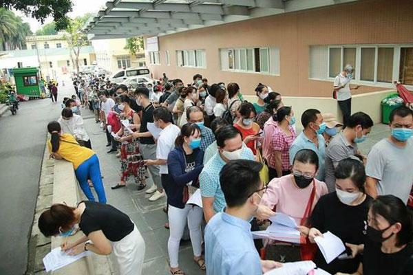 Công dân Hàn Quốc tại Việt Nam phải khai báo cho Đại sứ quán nếu nhiễm COVID-19