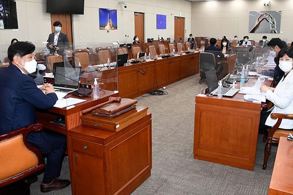 Национальное собрание РК рассмотрит дополнительный бюджет