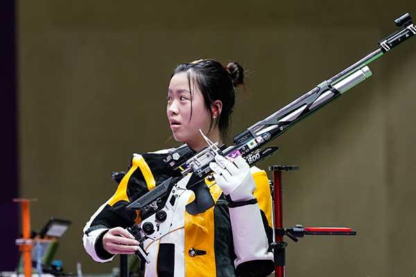 Medali Emas Pertama dalam Olimpiade Tokyo Diraih Atlet Tembak China