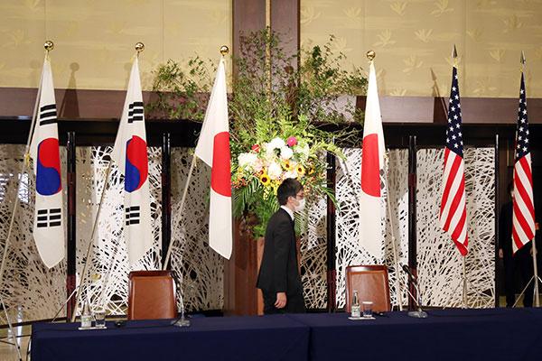 Seúl avisó a Washington y Tokio de reconexión de línea intercoreana