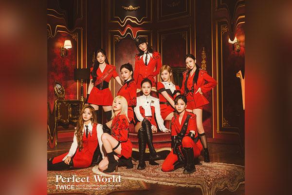 Le 3e album japonais de Twice, « Perfect World », domine le classement Oricon