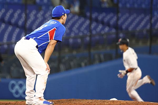 韓国野球、日本に2対5で敗退 アメリカと敗者復活戦に挑む