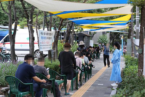 韩政府明日公布新一轮防疫级别