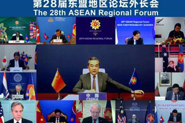 中国外相、対北韓制裁の緩和を提案 米中の隔たり鮮明に