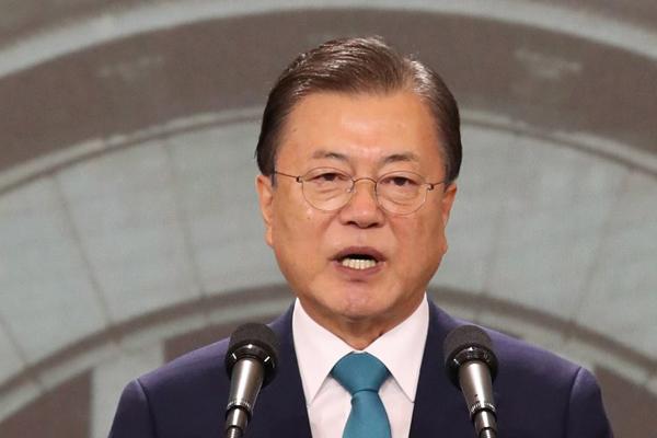 「対話の扉を開いている」文大統領の光復節演説