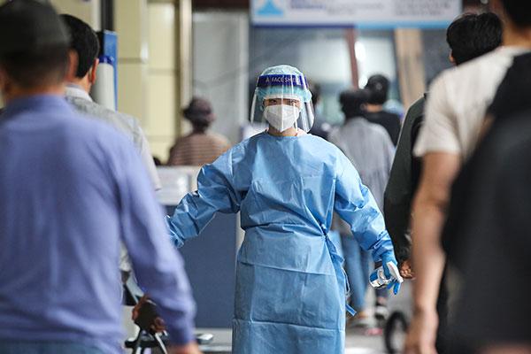 韩单日新增1597例新冠确诊病例